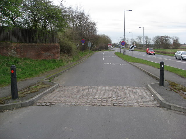 Ollerton - Station Road junction with A614