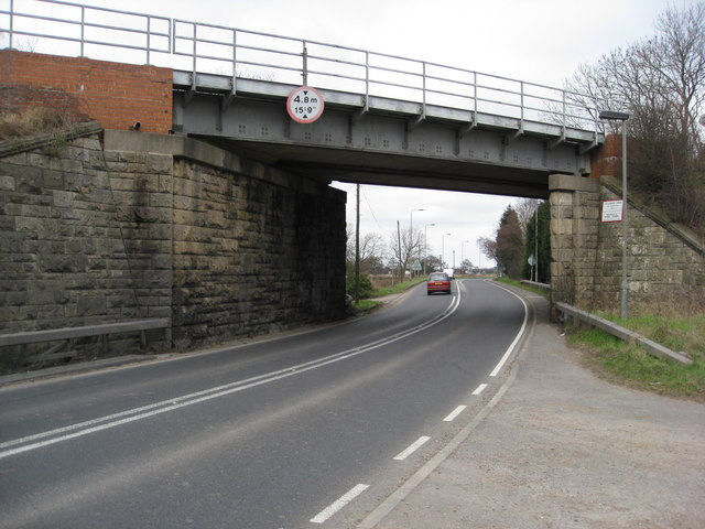 A614 Old Rufford Road - Railway Bridge HIM/64