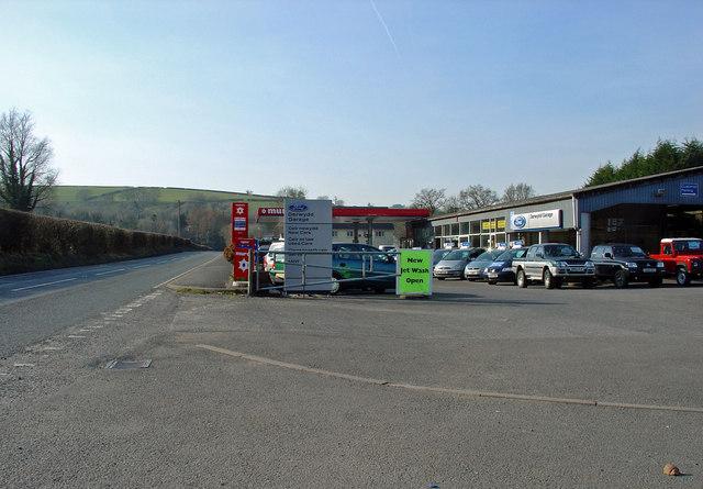 Garage near Cynwyl Elfed