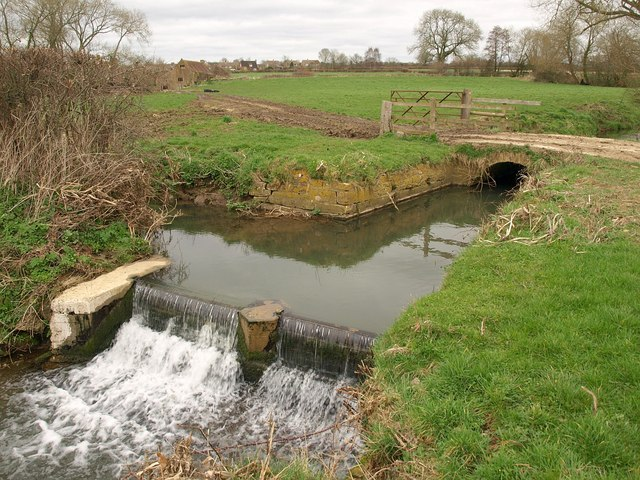 Weir, Hurst Brook