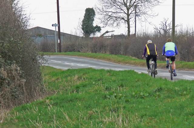 Cycling along Gaddesby Lane near Brook Farm