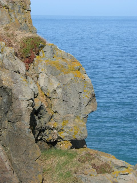 Rock below the lookout on St Ives Head