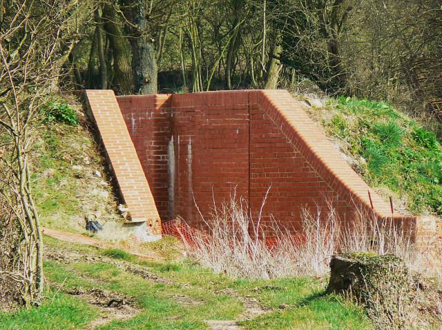 New lock, Wilts and Berks canal, near Bradenstoke
