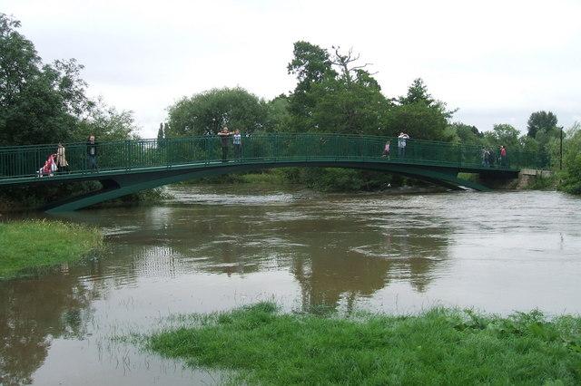 Charter Bridge & River Avon, July 2007 floods