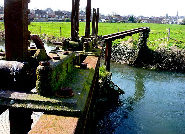 Sluice gates, River Frome