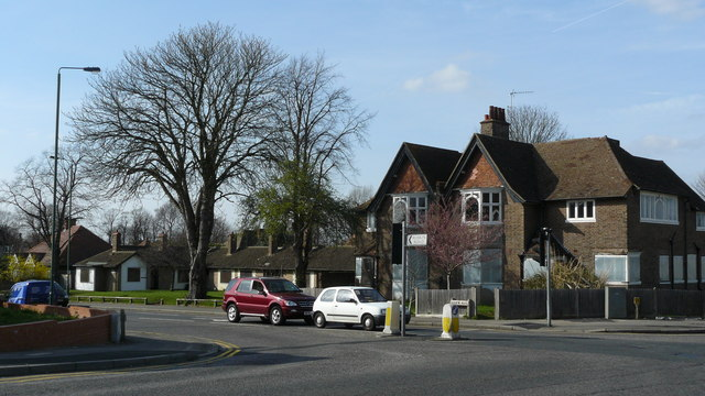 Junction of Ruskin Road and Park Lane