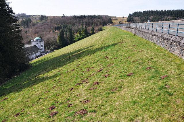The dam at Pontsticill Reservoir