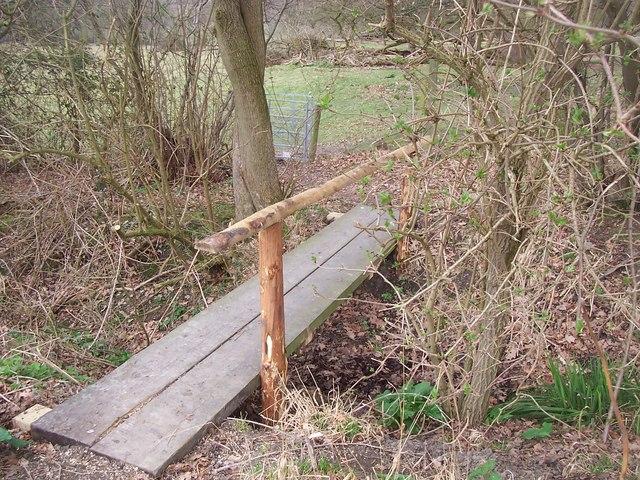 Footbridge into Boughton Monchelsea Land