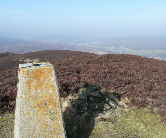 Cairn, trig point and GPS on Tulach Hill