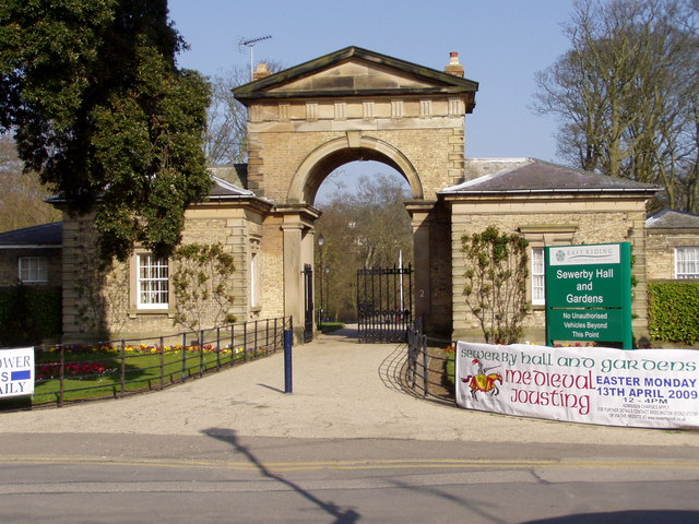 Sewerby Park Gates