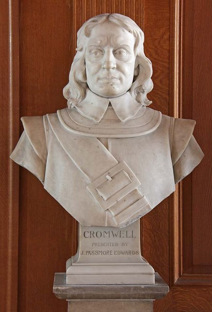 St Giles, Cripplegate, London EC2 - Bust of Cromwell
