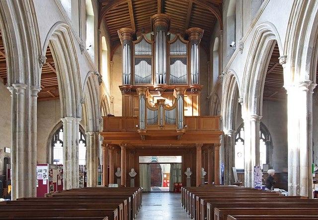 St Giles, Cripplegate, London EC2 - Organ