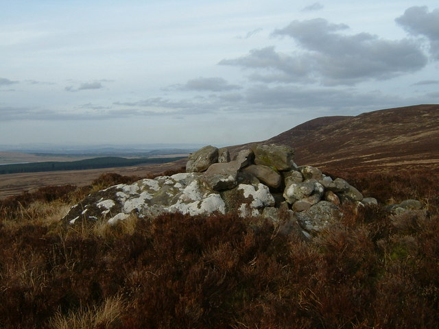 Old cairn on Colzium Hill