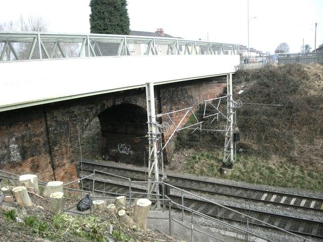 Willenhall-Saint James Lane Bridge