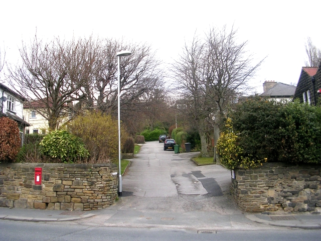 Henley Drive - Leeds Road