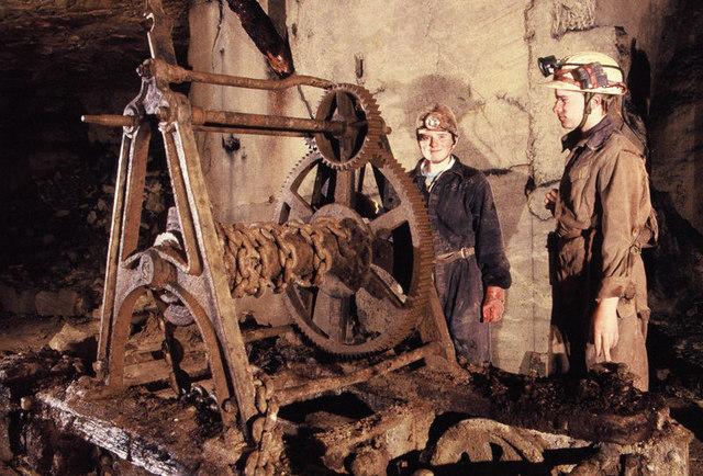 Box stone mine