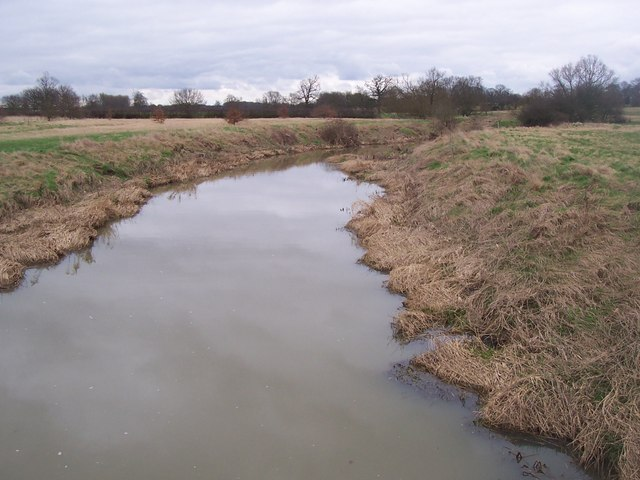 River Beult, from footbridge - looking northwest