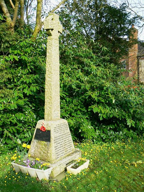 War memorial, Brinkworth cemetery