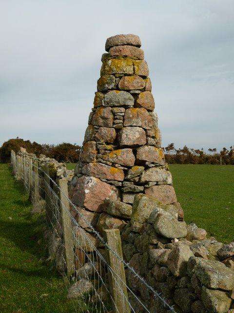Well built cairn