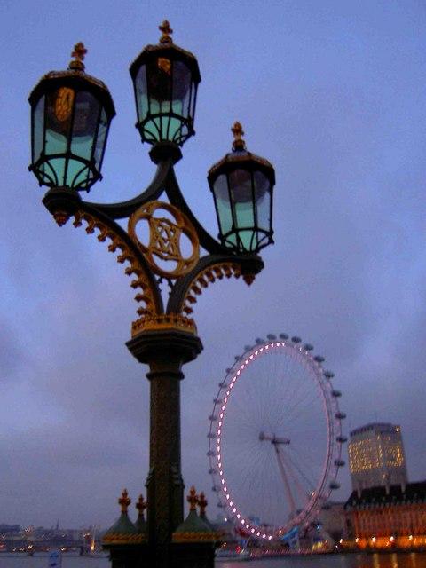 Westminster bridge lamppost