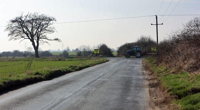 Minor road meets A165