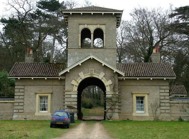 Western gatehouse, Shrubland Hall