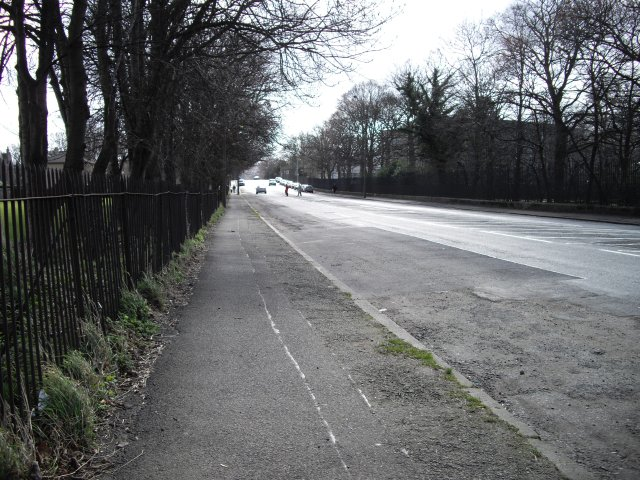 East Fettes Avenue
