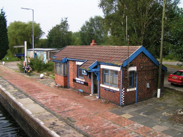 Lock keepers Control Building, Barton Locks Manchester Ship Canal
