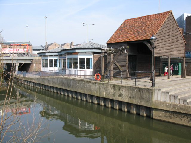 Cafe on NE bank of river Wey