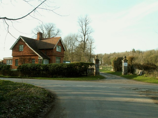 The South Lodge and entrance to Branches Park