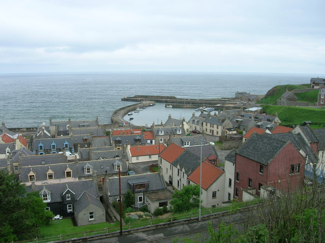 Cullen, Seatown and Harbour