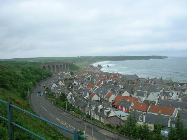 Cullen Seatown and the Old Railway Viaduct.