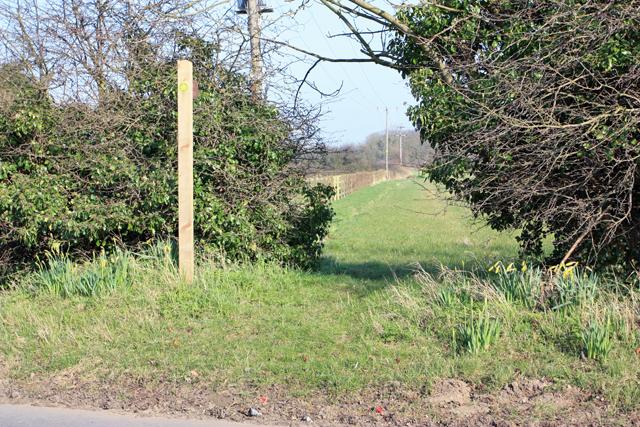 Footpath towards Sproatley