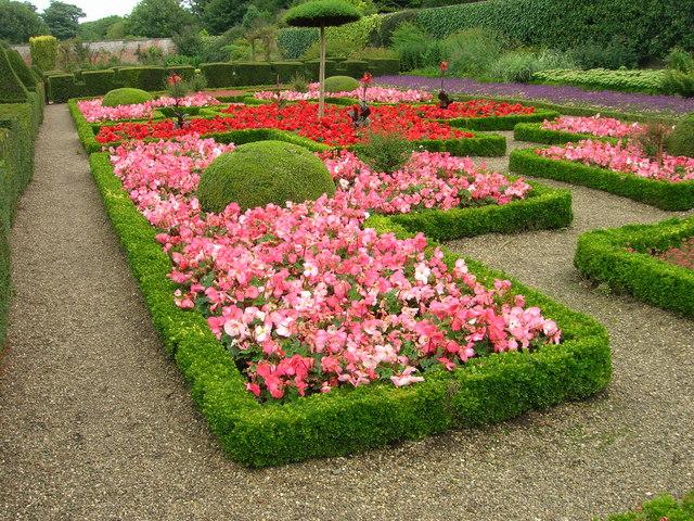 Summer Bedding, Sewerby Hall gardens