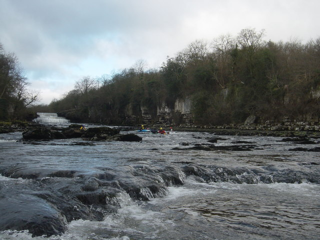 Aysgarth even lower falls