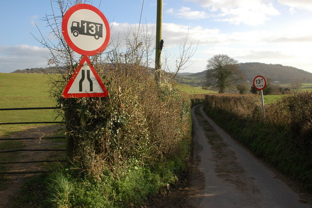 Narrow road to Lewstone