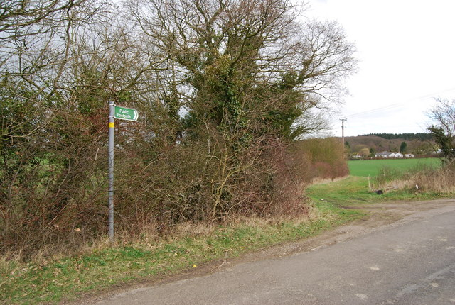 Path off Denstroude Lane