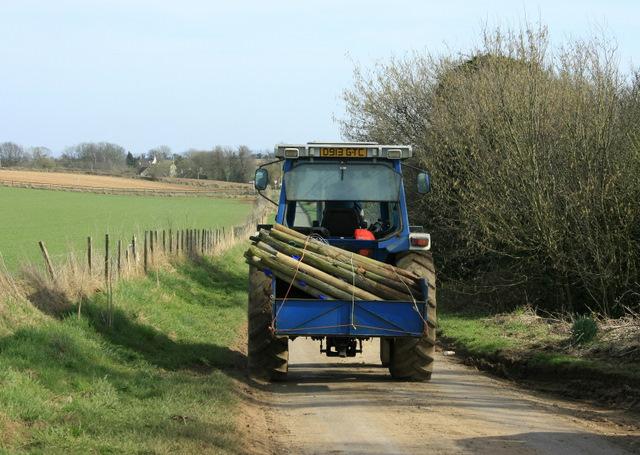 2009 : Heavy traffic near Upper Wraxall