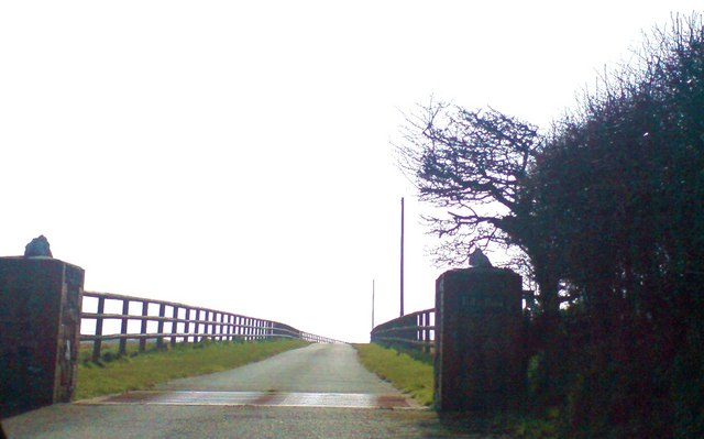 The lane to Tal-y-Bont