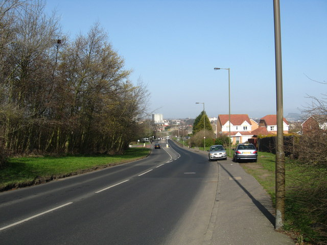 Lasswade Road looking towards the town