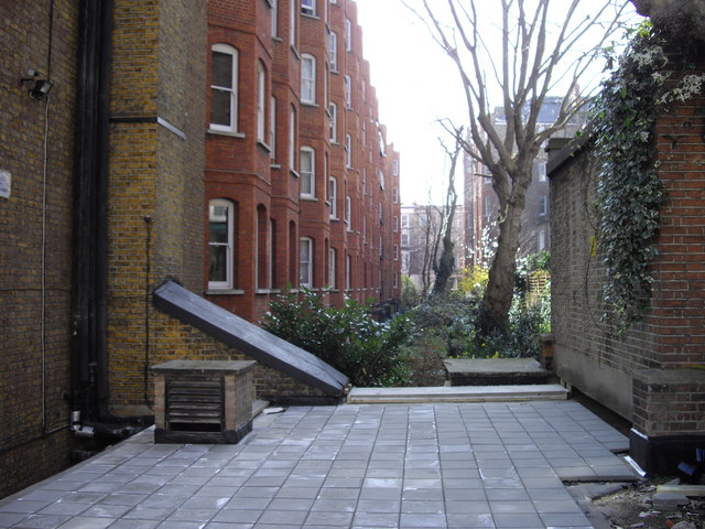 Gardens at rear of Kensington Mansions