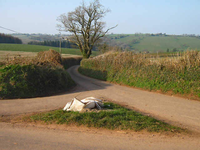 Road junction, top of Rose Hill