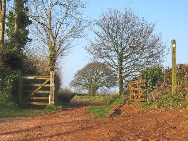 Bridleway near Owls Hill Farm