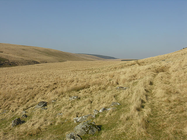 Bridleway heading over Cistfaen