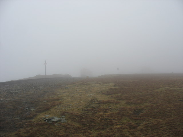 The ascent to Clogwyn Station