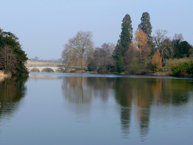 Capability Brown's lake at Compton Verney 3