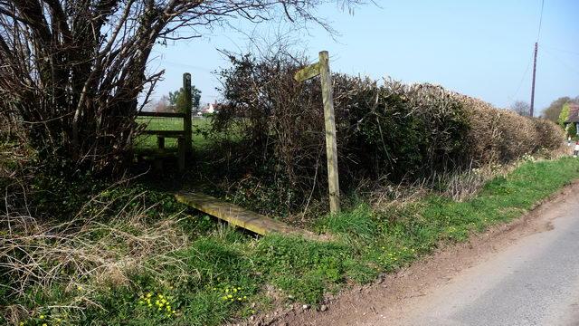 Footpath off Brine Pits Lane.