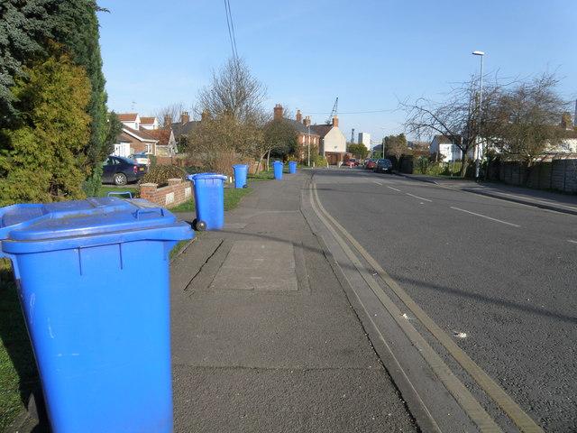 Blue bin day on Wyberton Low road