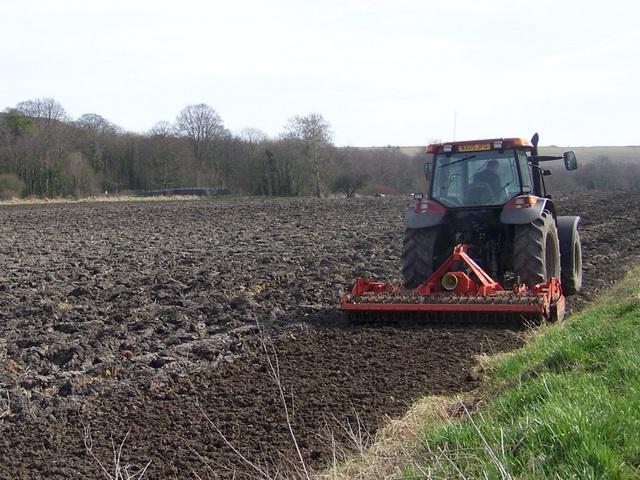 Soil preparation near Norton Bavant