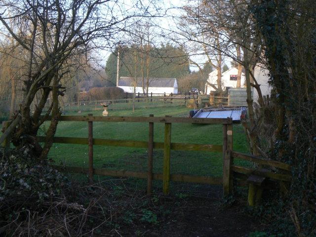 Footpath at Bridge Farm